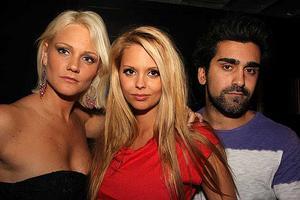 Silk. Jennie, Marlene och Amin.