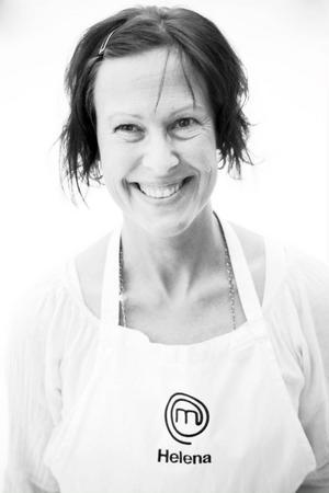 Helena Appelqvist bor i Odensala med sin man och deras tre barn. Hon odlar mycket grönsaker och bakar sitt egna bröd. Hon har även startat sin blogg: helenaheltenkelt.com– Jag har experimentlusta vad gäller mat.