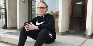 12-årige Melwin Löwdahl blev firad i kommunhuset efter att ha larmat om en brand i Frida Hansdotter Arena.