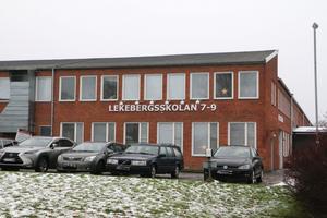 Lekebergsskolan 7-9 har cirka 40 anställda och cirka 240 elever.