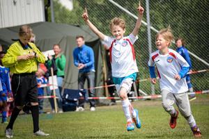 Mellan den 29 juni och första juli samlas barn och unga på fotbollsplanerna i Matfors.