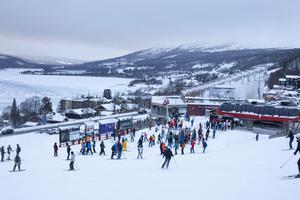 Ovanför VM6:ans dalstation finns Skiers village som är en samlingsplats för alla studenter under studentveckorna.