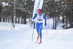 Daniel Svensson fick stryk av klubbkompisen Gustav Eriksson med endast 1,2 sekunder.