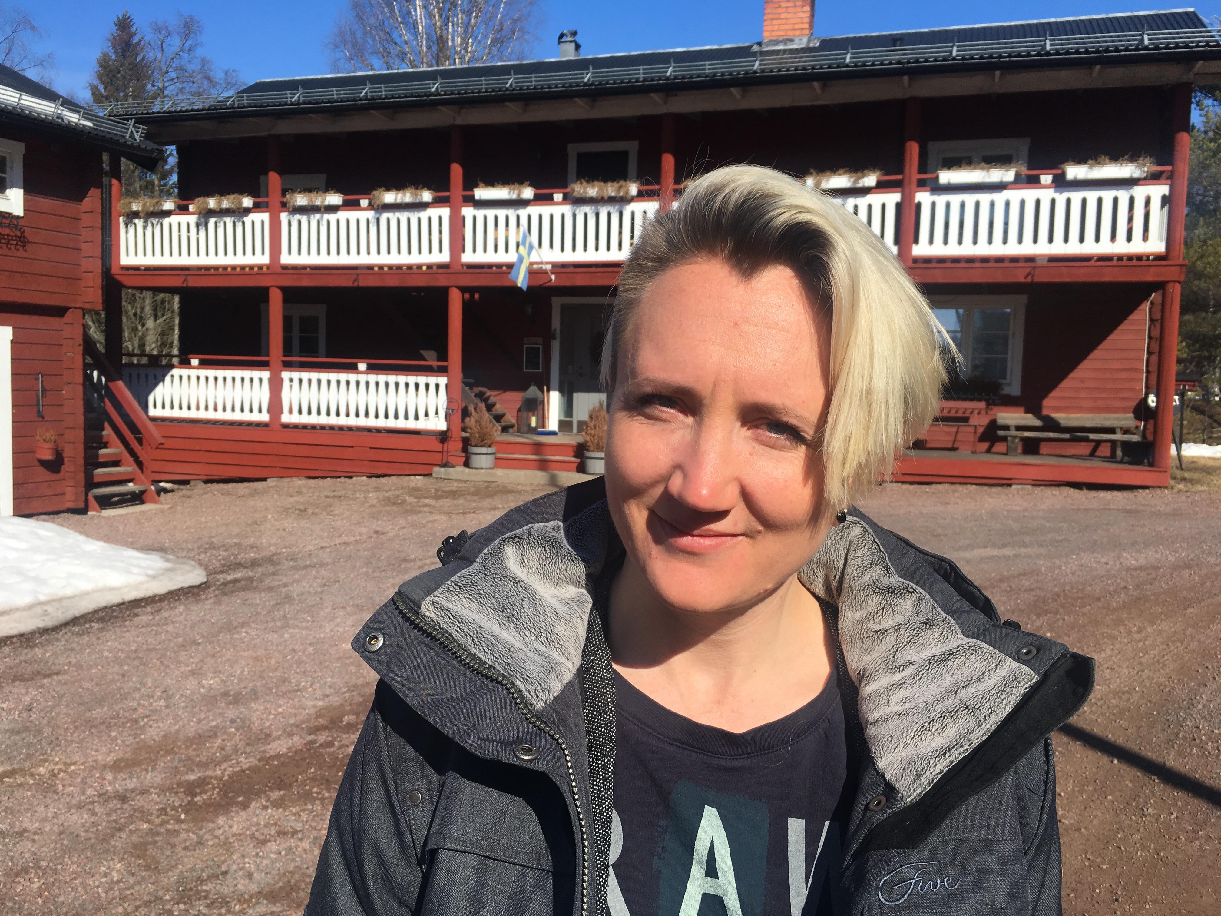 - Det finns inget i skollagen som hindrar kommunen från att ge barn skjuts från fritids, menar Catrin Grönvall.