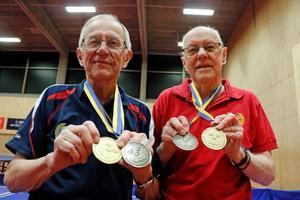 Guldgossar från IK Sturehov, Esko Frykholm, till vänster, och Bruno  Fransson.