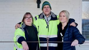 Stina Johansson, Roger Wagenius och Alexandra Jonasson som jobbar inom hemtjänsten svarar unisont:– Vi ska jobba.