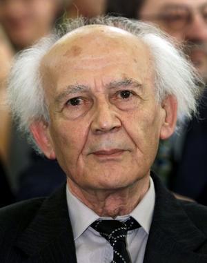 Zygmunt Bauman blev känd för sina analyser av sambandet mellan moderniteten och Förintelsen. Foto: Heribert Proepper/AP