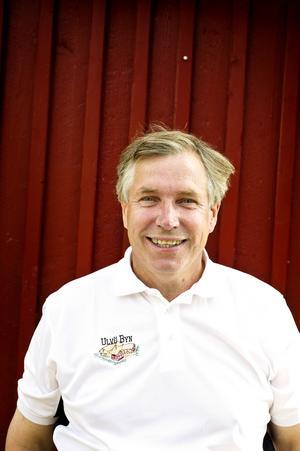 Ruben Madsen tror att burken kan ge bra PR för Ulvön, surströmming och Höga Kusten.