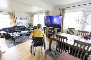 Personer med funktionsnedsättning ska inte behöva vänta i flera år på att få en anpassad bostad, skriver Anders Manell, näringspolitisk expert på Individ & familj, Vårdföretagarna. Foto: TT