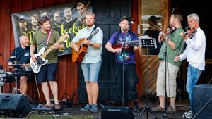 Melpa-Jockes jam club är några av musikerna som spelat i sommar. Bild: Ulrika Hägglund.