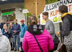 Gottfrid Grubb håller tal vid Vängåvan.