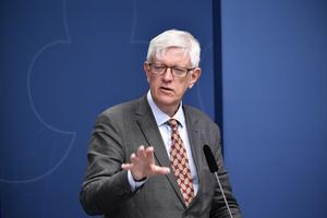 Johan Carlson, generaldirektör på Folkhälsomyndigheten om tester av coronaviruset under en pressträff  i Rosenbad. Regeringen anslår en miljard kronor för att finansiera gratis testning för pågående eller genomgången virusinfektion.