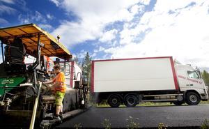 Länets tilldelning av underhållspengar till vägarna blir 110 miljoner kronor. Bland annat får E14 mellan Krokom och Ytterån ett nytt ytskikt, något som kommer att påverka många trafikanter under några veckor.