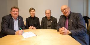 Påskrivet och klart. Borlänges kommunledning och Region Dalarna-ledningen är överens om att satsa på en familjecentrala i Borlänge.
