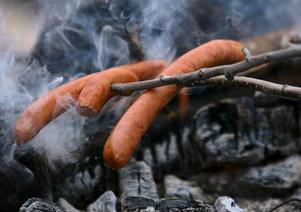 Grillning utomhus är nu förbjudet även på egna tomten i hela Gävleborgs län. Tills ny information kommer.