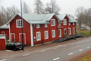 Sedan i april har Fredrik Jörbrand arrenderat lokalerna och drivit restaurangen och caféet Sundets Stjärna.