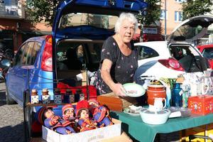 Britt-Marie Johansson är rutinerad när det kommer till köp och sälj av äldre saker.