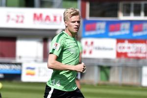 Ett spelsuget nyförvärv. Axel Lindahl kan träna för fullt efter fotskadan som har satt stopp för spel i säsongsinledningen.
