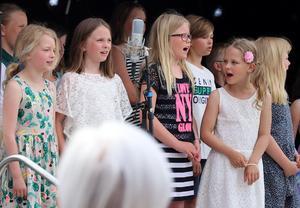 Barnkören inledde Kulturnatten 2018 med visor på tema Astrid Lindgren.