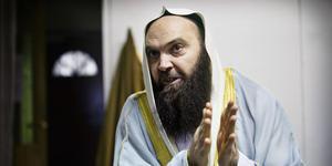 Västeråsimamen Fekri Hamad är en av de imamer som togs i förvar av Säkerhetspolisen för att sedan få ett utvisningsbeslut i Migrationsöverdomstolen.