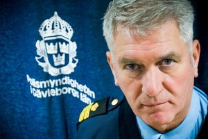 Polisens presstalesman Mikael Hedström uppger att det finns misstänkta i ärendet, som rubriceras som sexuellt ofredande.