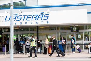 Insändarskribenten vill inte fortsätta att betala för Västerås flygplats via skattsedeln.