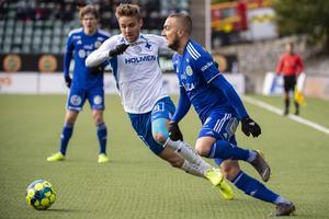 Norrköpings Christoffer Nyman och Sundsvalls Dennis Olsson.Foto: Erik Mårtensson / TT