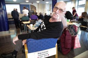 Hag-Lasse Persson (S), Ludvika, siktar på en ny mandatperiod i Ludvika kommunfullmäktige. Han har redan skaffat sig egen fullmäktigestol att nöta baken på de närmaste åren.