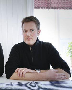 Det är olyckligt hur enskilda medborgare drabbas i processen kring ansvarsfrågan, menar Daniel Turås, boende i Hamre.