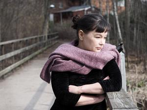 """Lisa Förare romandebuterar med """"Varken"""". Foto: Severus Tenenbaum"""