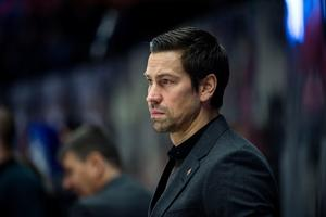 Pär Styf är assisterande tränare för Modo även över nästa säsong.