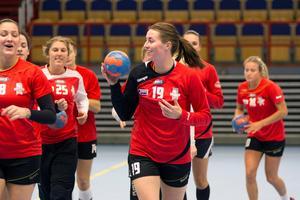 Viktoria Högström Unell stannar i VI.