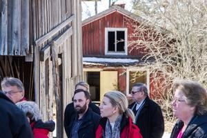 Vid synen på Vade kraftverk representerade Ola Wigg (S) och Håkan Larsson (M) samt Carina Ohlson (C) Nordanstigs kommun