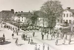 1 maj på Pilgatan i Västerås 1949.