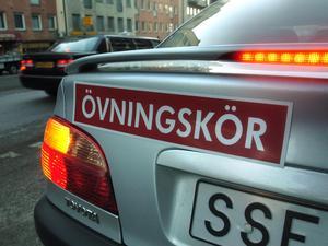 I dag skäms man inte över att kugga, och tar lättare på förarutbildningens moment, säger Berit Johansson, Sveriges Trafikutbildares riksförbund.Foto Tomas Oneborg