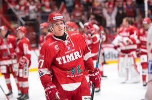 Johannes Kinnvall har överträffat förväntningarna. 12 poäng på 48 matcher och en helstabil säsong. Foto: Bildbyrån.