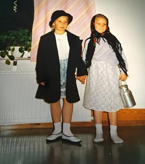 Kristin och Malin som barn. Privat bild.