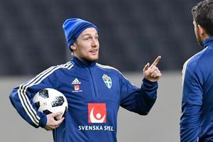 Emil Forsberg har inte bråkat med sin tränare, enligt honom själv.