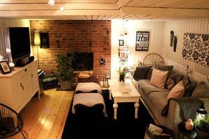 I källaren finns tv-rum och relaxavdelning.