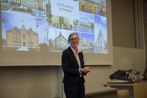 Karin Krook, kommersiell chef på Elite hotels, avslöjade detaljer kring jättesatsningen i Snäckviken. Hotellet ska ha ett spa med utomhuspool, minst två restauranger, festvåning och 155 rum.