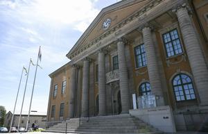 Blekinge tingsrätt dömer männen till fängelse och tio års utvisning. Arkivbild.