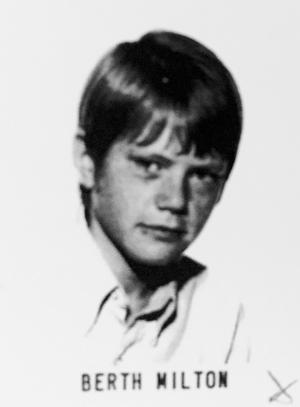 Berth Milton, porrproducent, klass 8E, Olaus Petriskolan läsåret 1969/70.