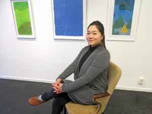 Ryohko Otsuka ställer ut på Galleri K och imponerar främst med sin trädmålning