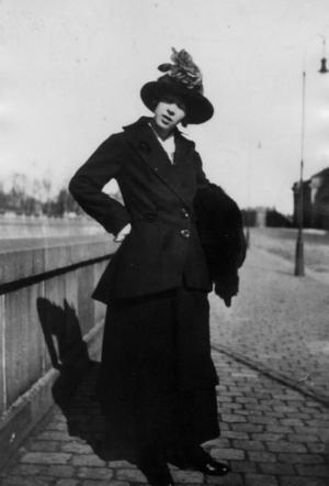 Foto: TTSigrid Hjertén, 1915, i Stockholm.