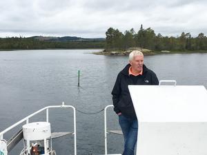 Sam Rodling, som är huvudansvarig för projektet Hållbar sjöfart på Revsundssjön som pågår fram till december 2019. Han kommer efter vintern att kolla statusen på de hundratalet sjömärken som satts ut i sjön för att se om de behöver bytas ut.