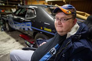 47-årige Kent Norberg från Hörnett har alltid haft ett stort intresse för bilar med stora motorer. Framförallt amerikanska bilar från Mopar-koncernen.