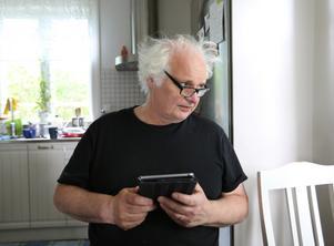 Göran Greider tar över efter Villy Bergström som tog över efter Marita Ulvskog.