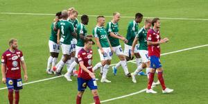 Bragejubel efter Alexander Zetterströms 3–1-mål.