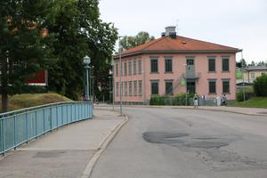 Sandvikens Internationella Montessoriskola får omkring sex miljoner i ersättning av Sandvikens kommun.