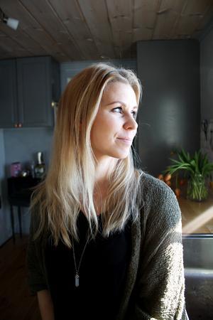 Kicki Jansson gillar att man kan titta ut genom fönstret när man diskar.